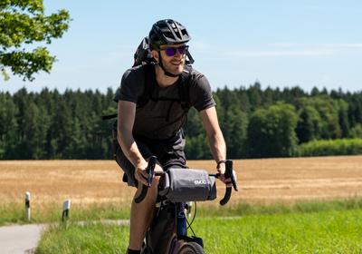 Rucksack und Fahrradtasche: unverzichtbare Tour-Begleiter