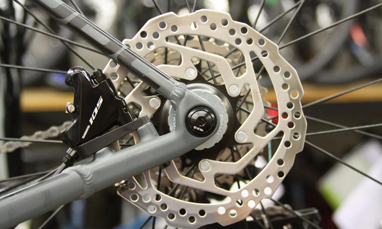 Scheibenbremsen Am Rennrad Die Wichtigsten Tipps Rabe Bike